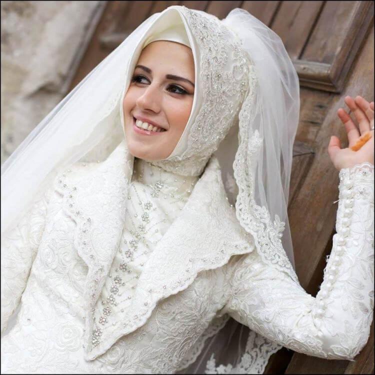 2019 Tesettür Düğün Elbise Modelleri 4