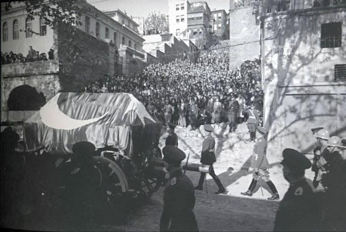 Atatürk'ün Cenazesinde Gökyüzünden Düğme Yağdı…